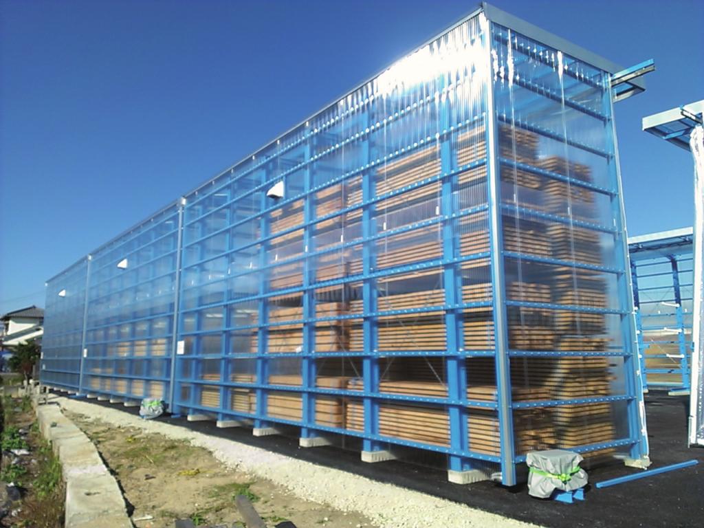 ラック関係 屋外カンチ マテハン三重 木材乾燥 乾燥材保管
